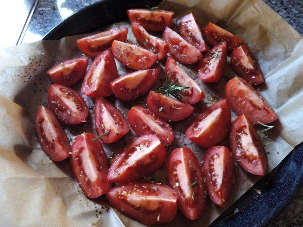 Halfgedroogde tomaten met italiaanse kruiden