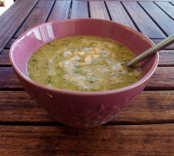 Broccoli - cashewsoep, zo lekker!